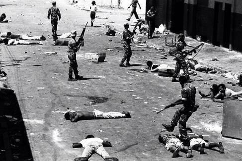 El ejercito de la Cuarta República reprime al pueblo / Febrero de 1989