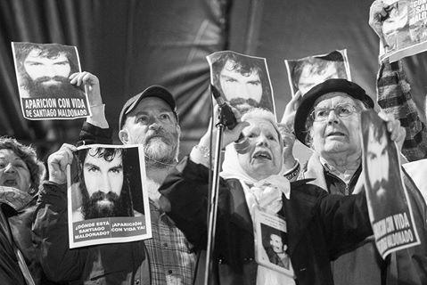 """El """"uso político"""" del reclamo por Santiago Maldonado"""